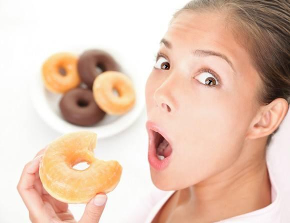 Почему вредная еда пользуется популярностью?