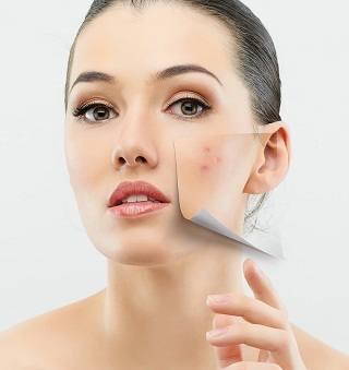 Чистка лица в косметическом салоне: какой метод лучше?