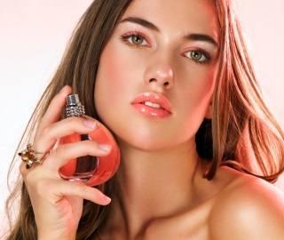 Правила использования парфюмерии летом